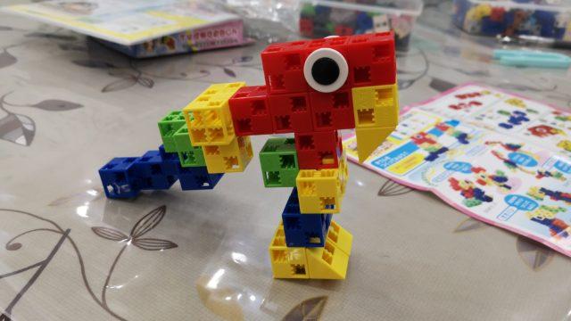 エジソンアカデミーで使うアーテックブロックで作った鳥
